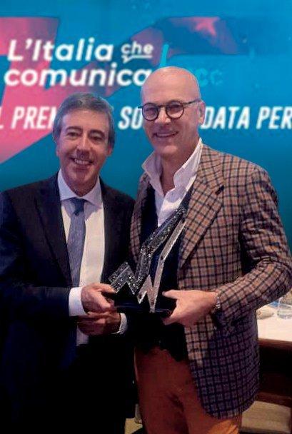 Nella foto, da destra: Luca Targa, CEO di Inside, con Stefano Del Frate, Direttore Generale di UNA