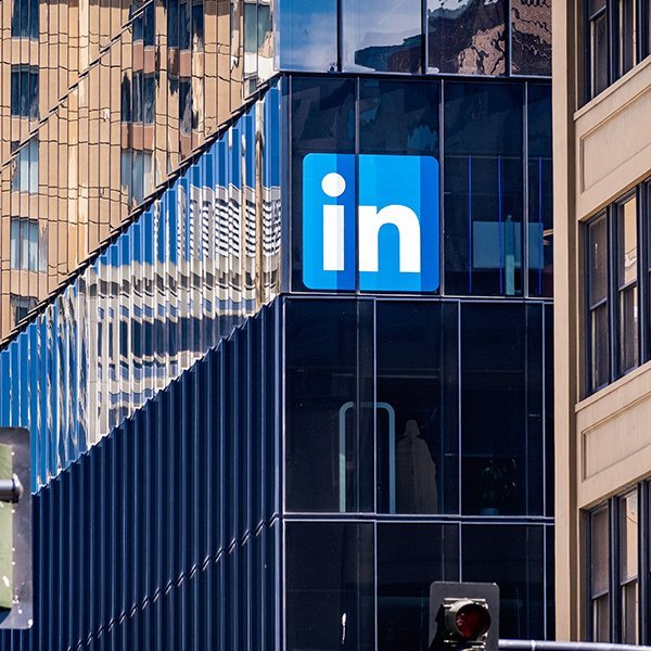 Una nuova tipologia di advertising per LinkedIn: arrivano le Conversation Ads!